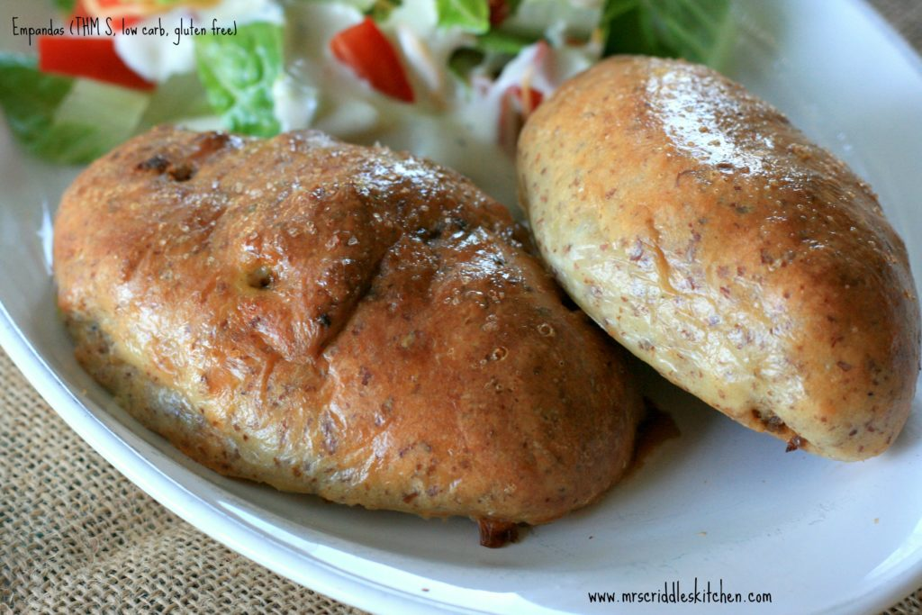 A low carb, gluten free empanada recipe!