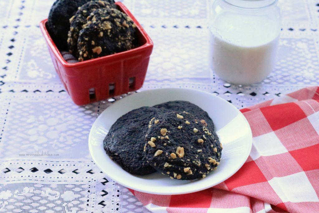 Chocolate Peanutty Cookies