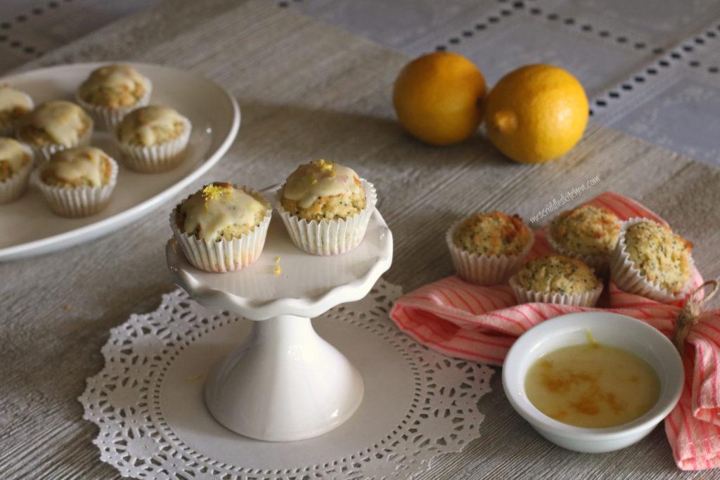 Lemon Poppy Seed Muffins (S)