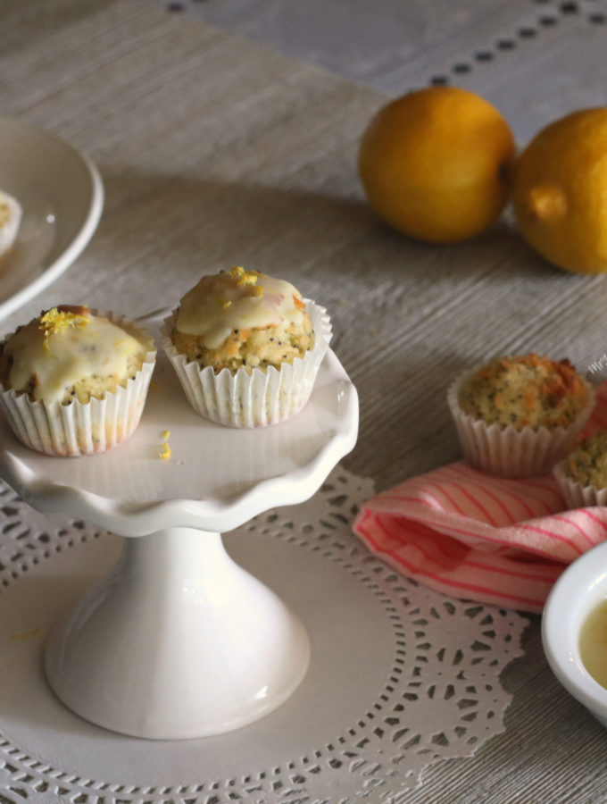 Lemon Poppy Seed Muffins (S)